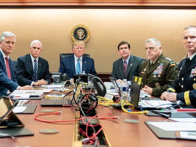 BREAKING!!! TRUMP GIVES US A HUGE COMM! THIS IS BIG!! Trump-photo-cropped-640x480